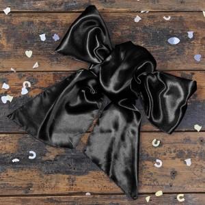 black-bow